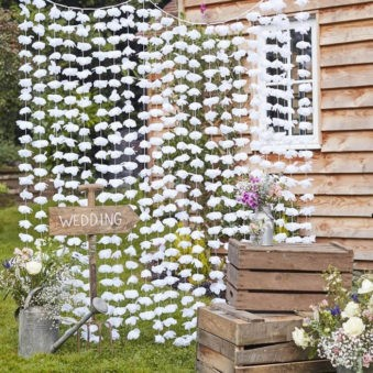 Backdrop bloemen wit