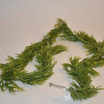 Garland with leaves